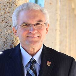 Dr Roger Shepherd